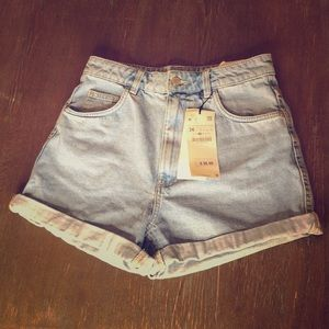 ZARA hi-rise new jean shorts